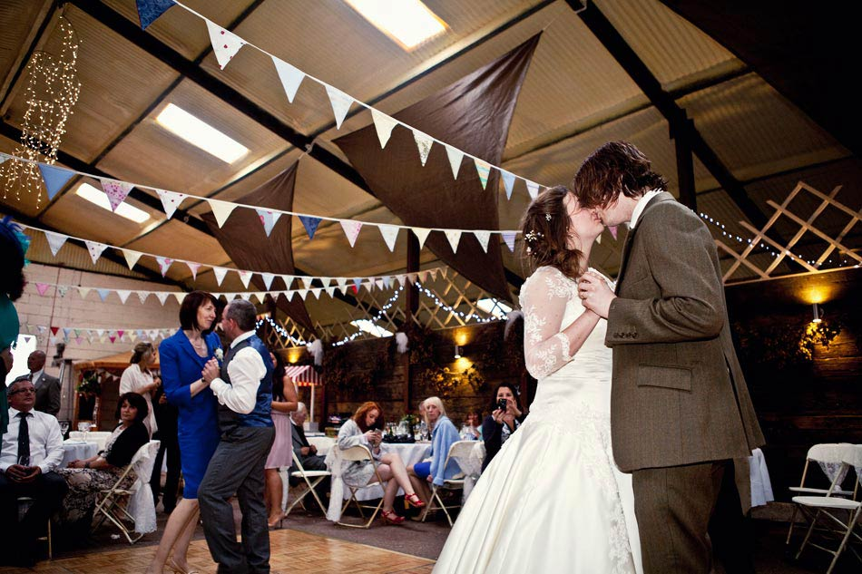 Fun Wedding Photographer Peaks