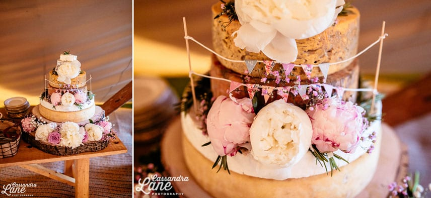Vintage wedding cheese cake