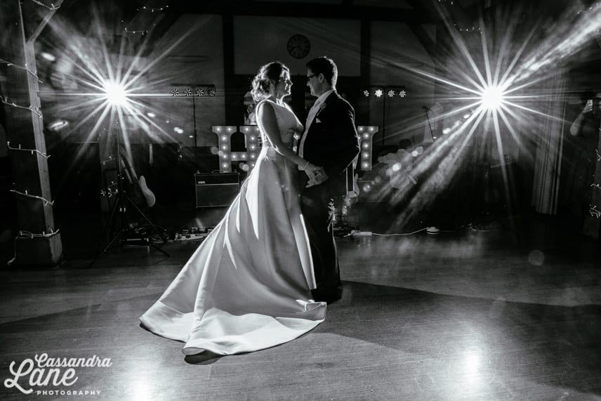 Sandhole Oak Barn Wedding Photography-31