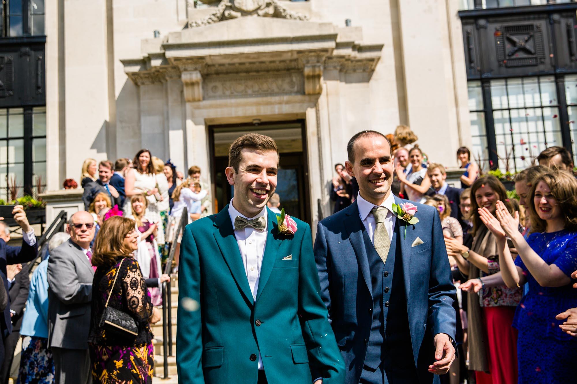 Islington Town Hall Fun Wedding Photos