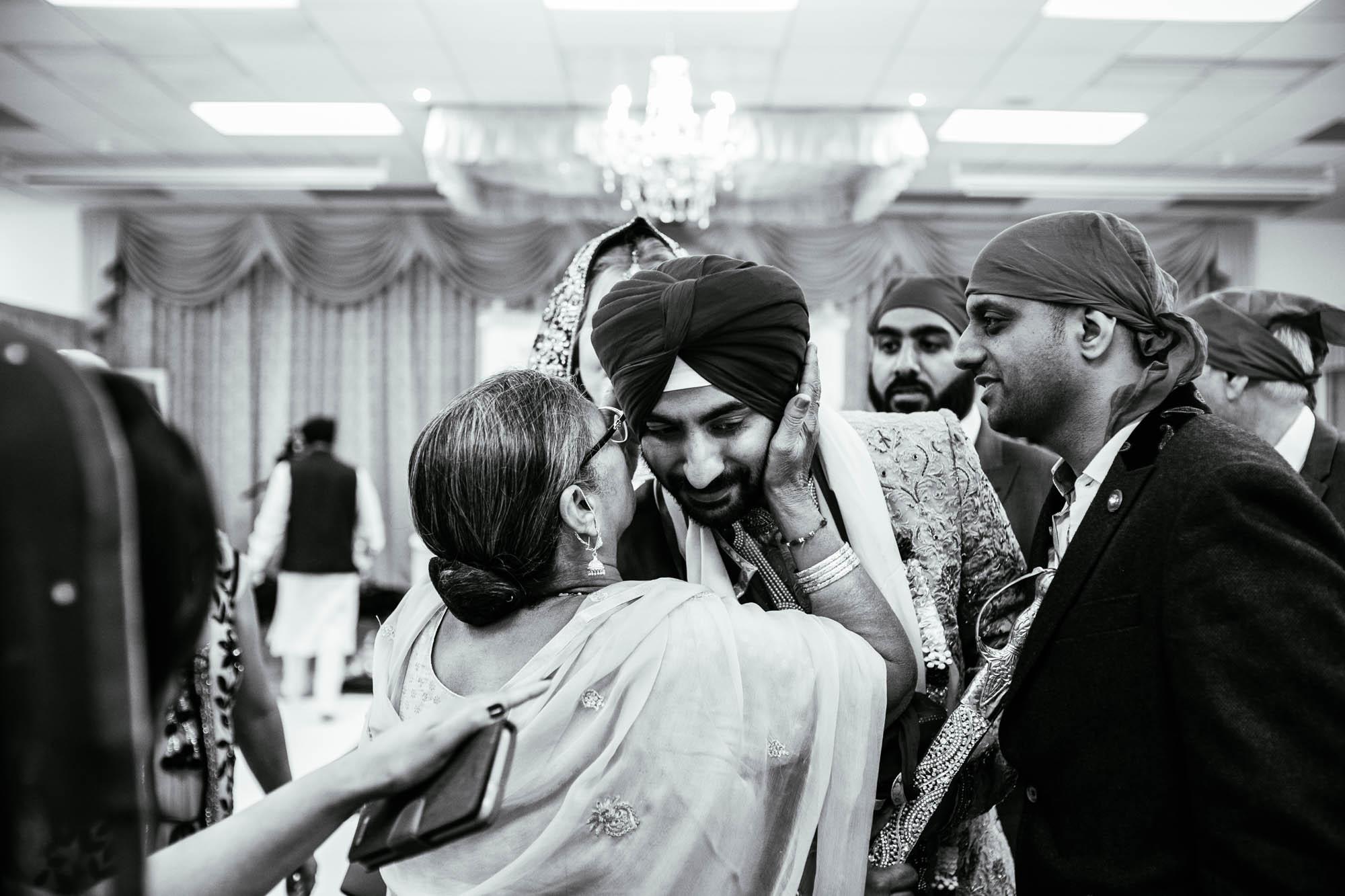 Sikh Documentary Wedding Photographer