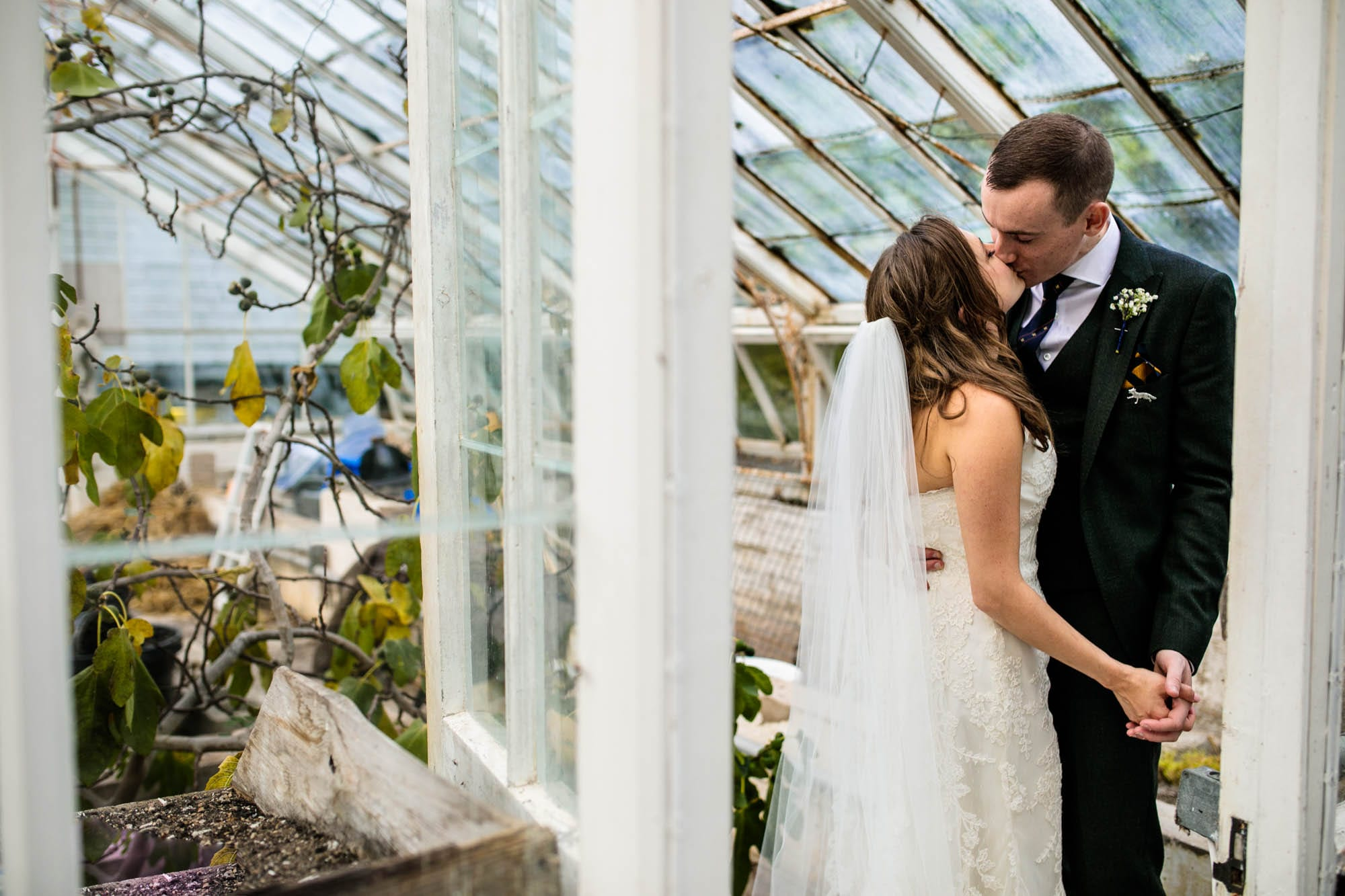 Creative Wedding Photographs Plas Dinam