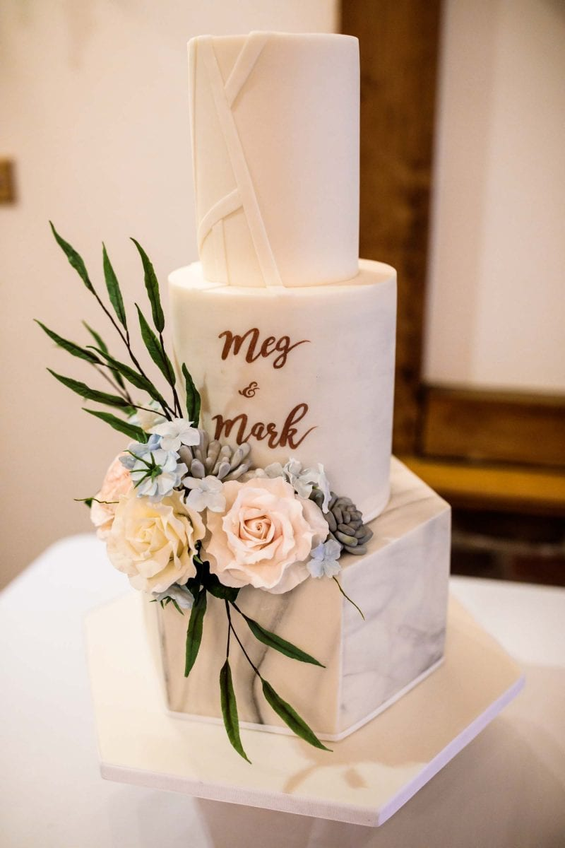 Sandhole Oak Barn Wedding Cake