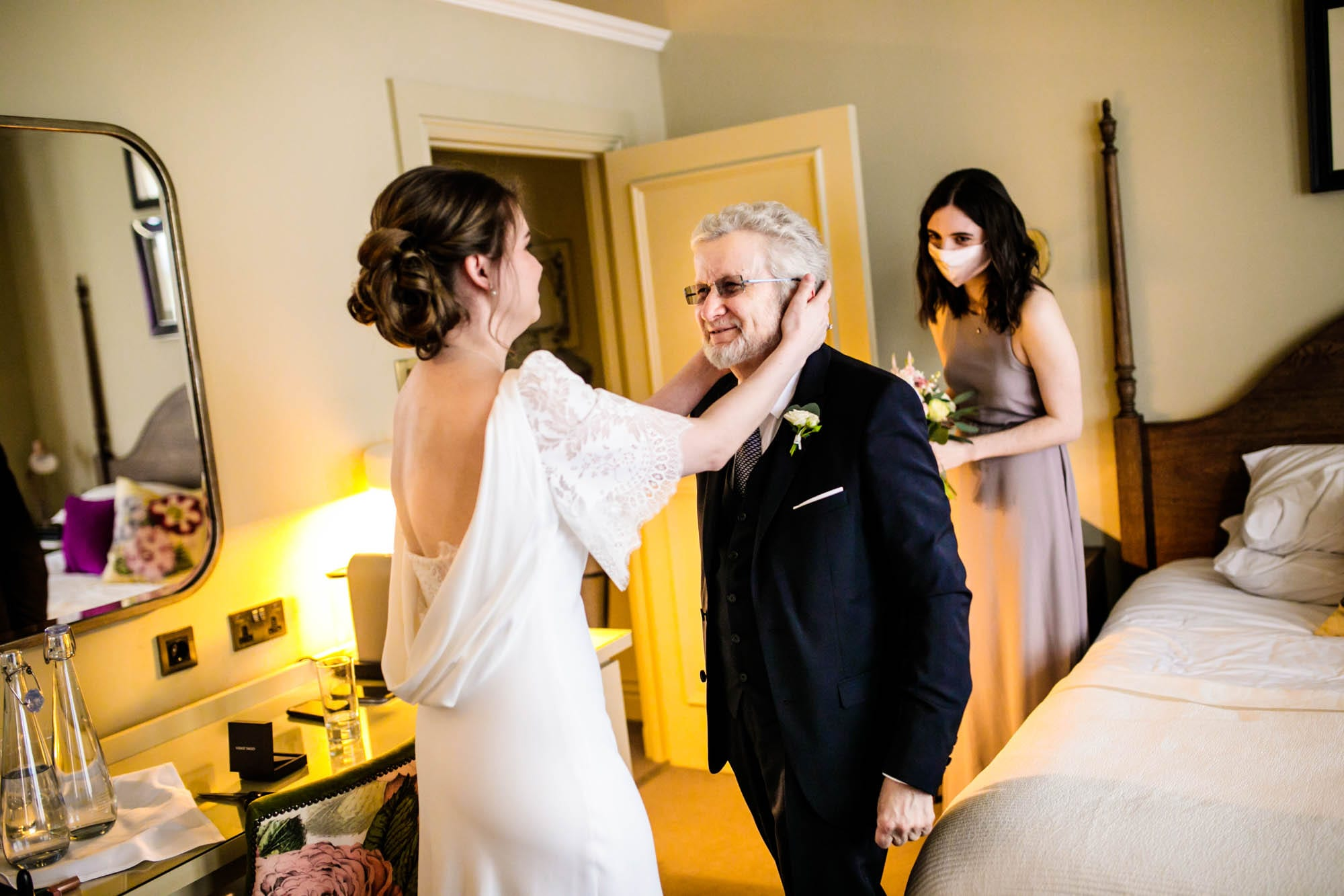 Father of the bride seeing bride for 1st time